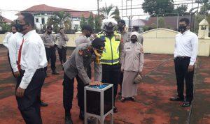 Anggota Polres Sinjai sisihkan rezeki buat korban Gempa Bumi di Sulbar